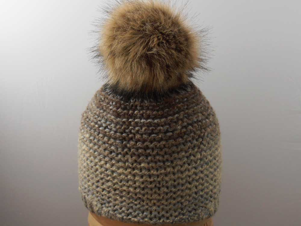 Unisex hat with PomPon ecological fur Beige