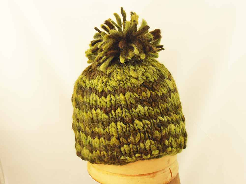 Beanie Hat knitting PomPon Nepal Color