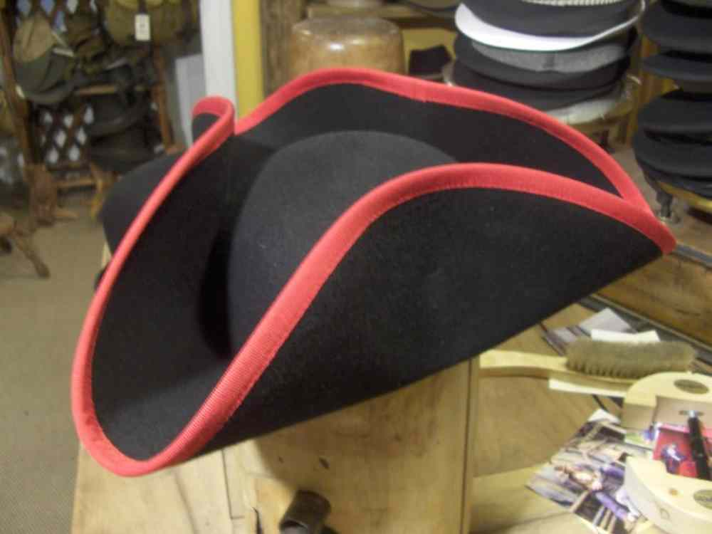 Tricorn hat with hemming red