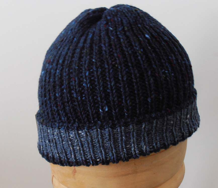 Beanie natural Irish Donegal yarn 04