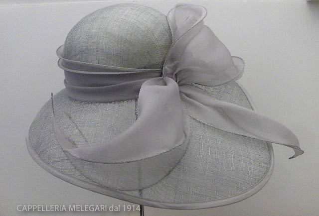 Melegari ceremony woman Hat Dauphine
