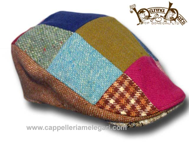 Touring contrasting flache Patchwork Mütze Hanna Hats