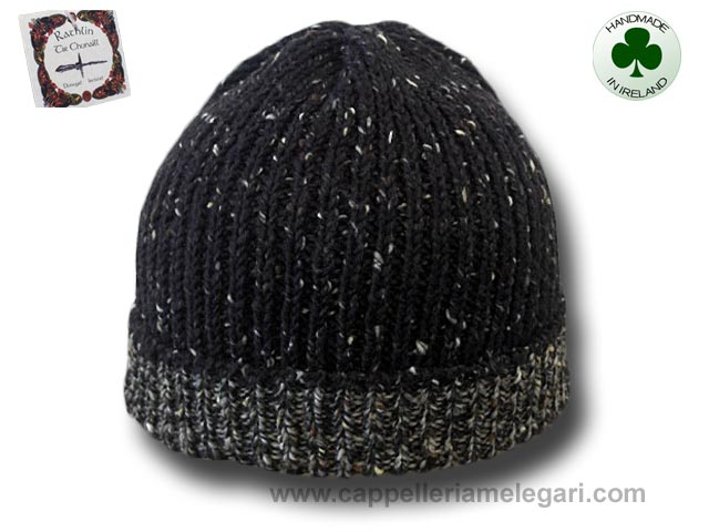 Beanie natural Irish Donegal yarn 01