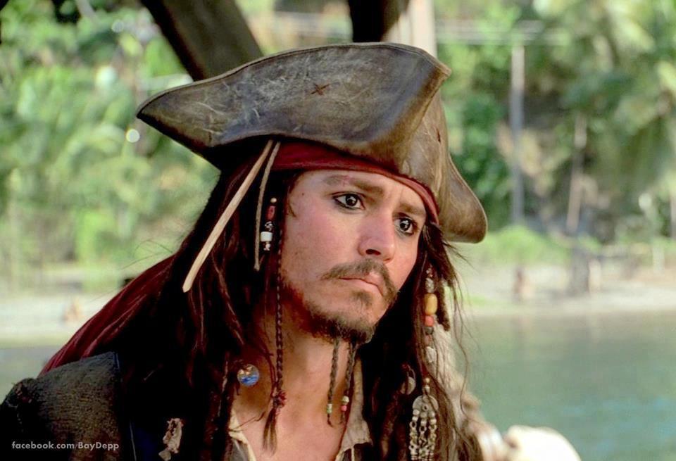 Captain_captain_jack_sparrow_35495842_960_655.jpg